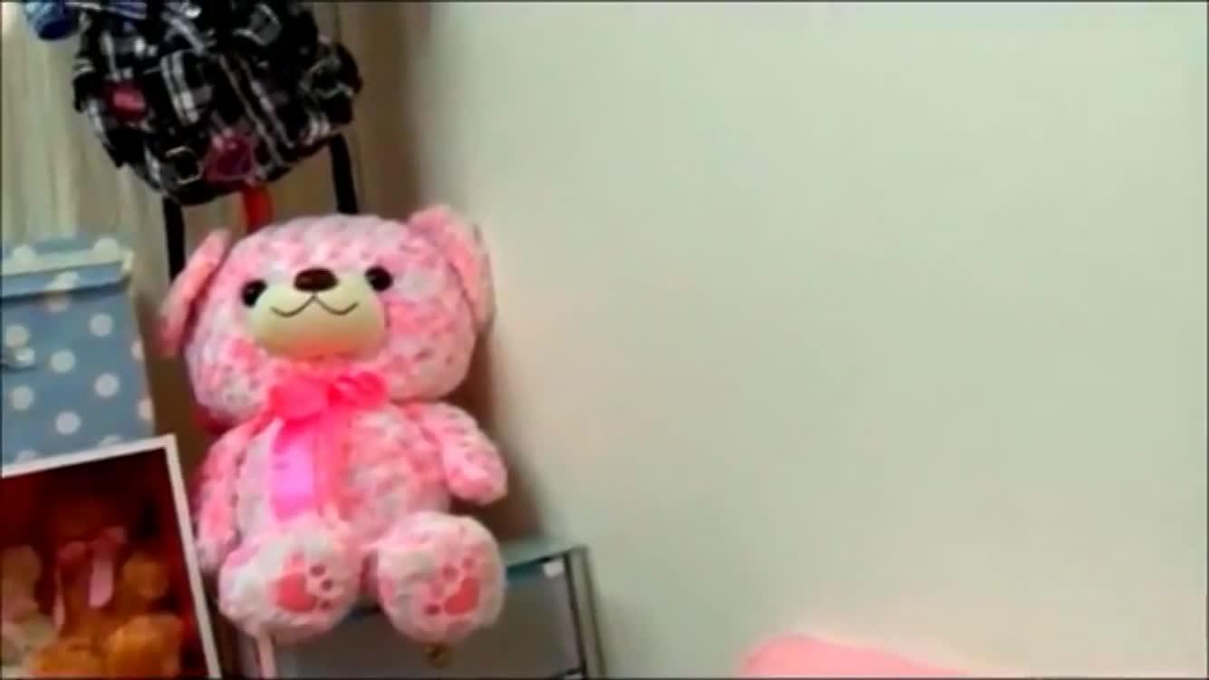 妹の近親相姦無料エロハメ撮り動画。「中に出していいよ」妹に言われて近親相姦セックス
